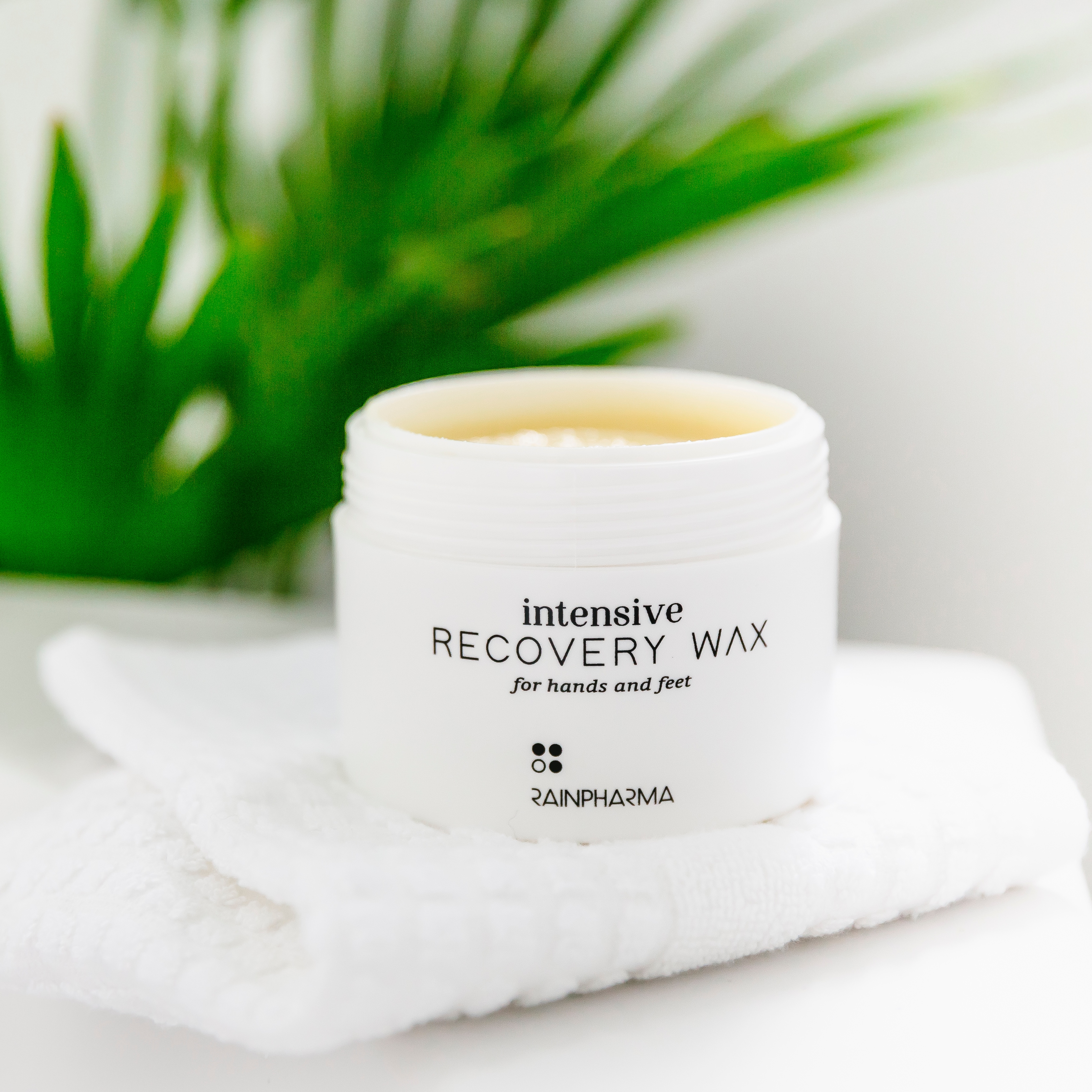 intensive-recovery-wax